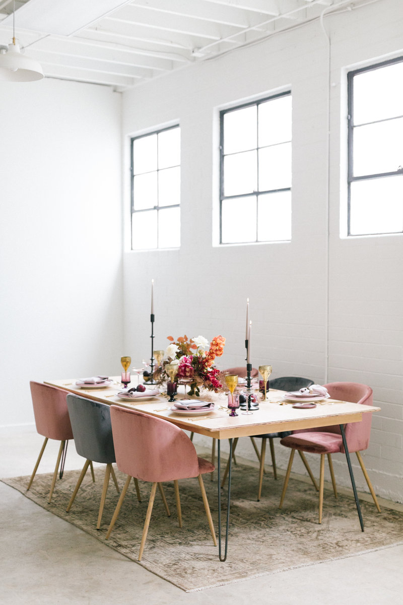 Modern Intimate Dinner Table