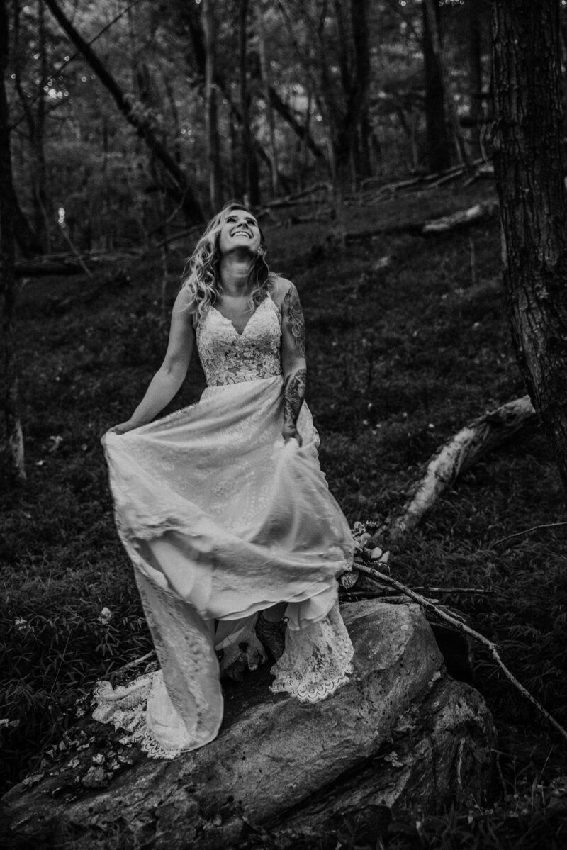 Bohemian Mountain Earthy Bridal Portraits DSC_5474
