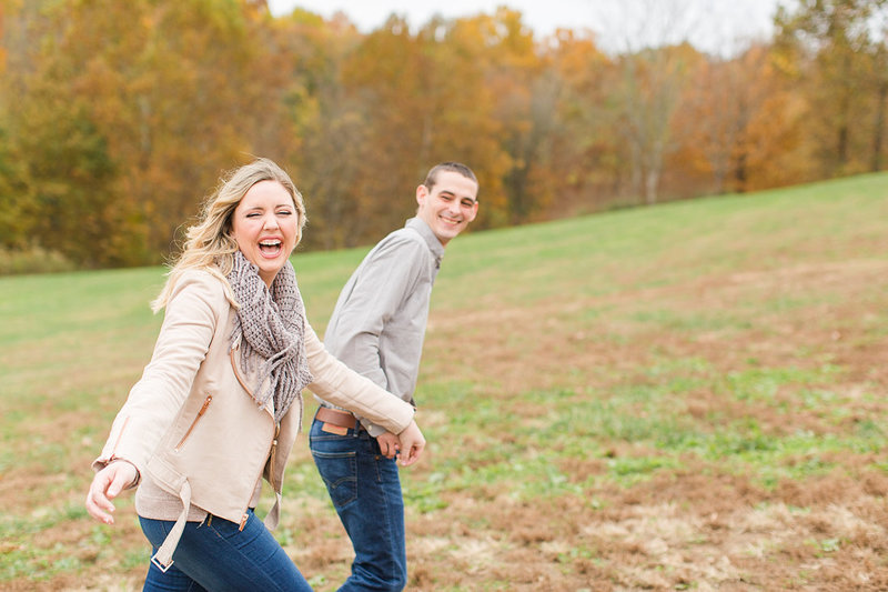 Engagement-Session-Fall-Cherokee-Park-Louisville-Kentucky-Photo-by-Uniquely-His-Photography043