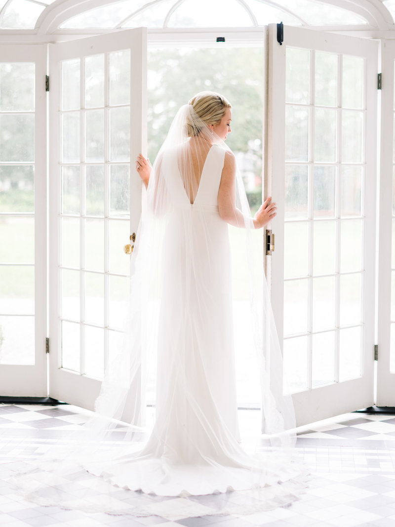 Lowndes Grove Plantation, a refined southern wedding venue in Charleston. Lowndes Grove Plantation wedding bridal photography in Charleston by Pasha Belman