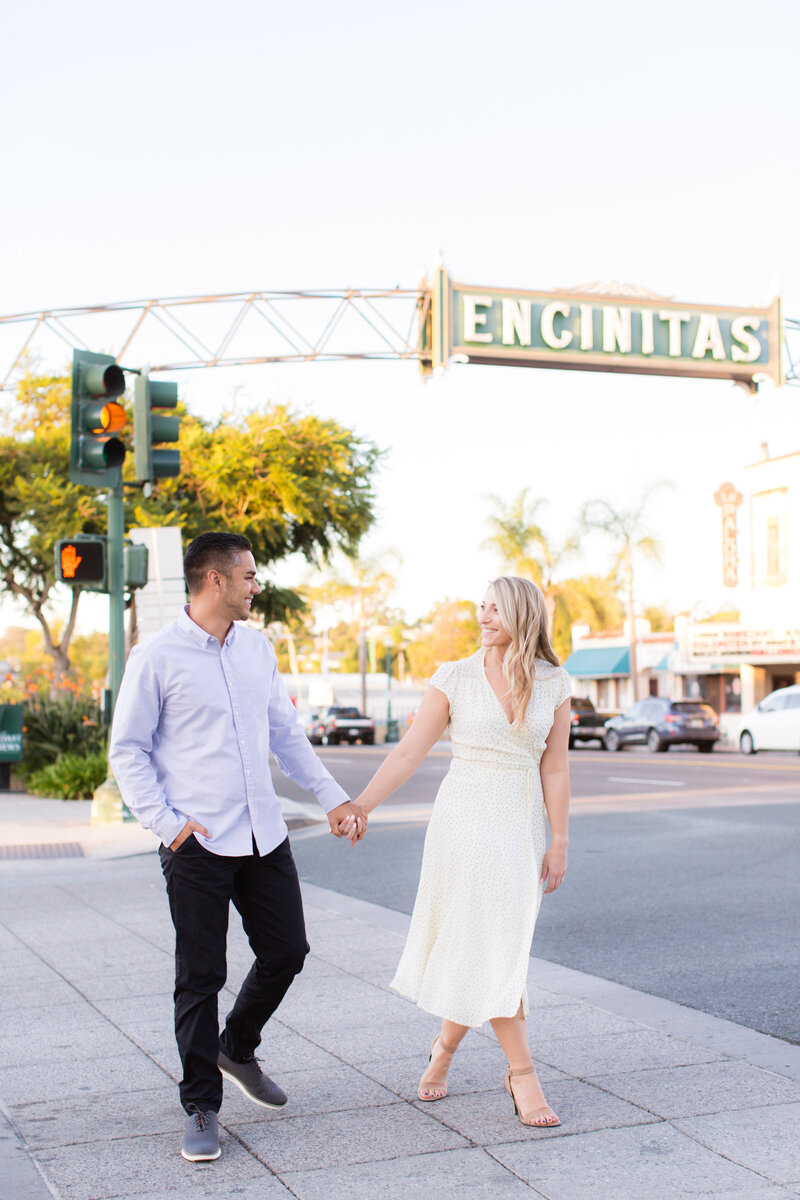 encinitas-moonlight-beach-engagement-photography-13