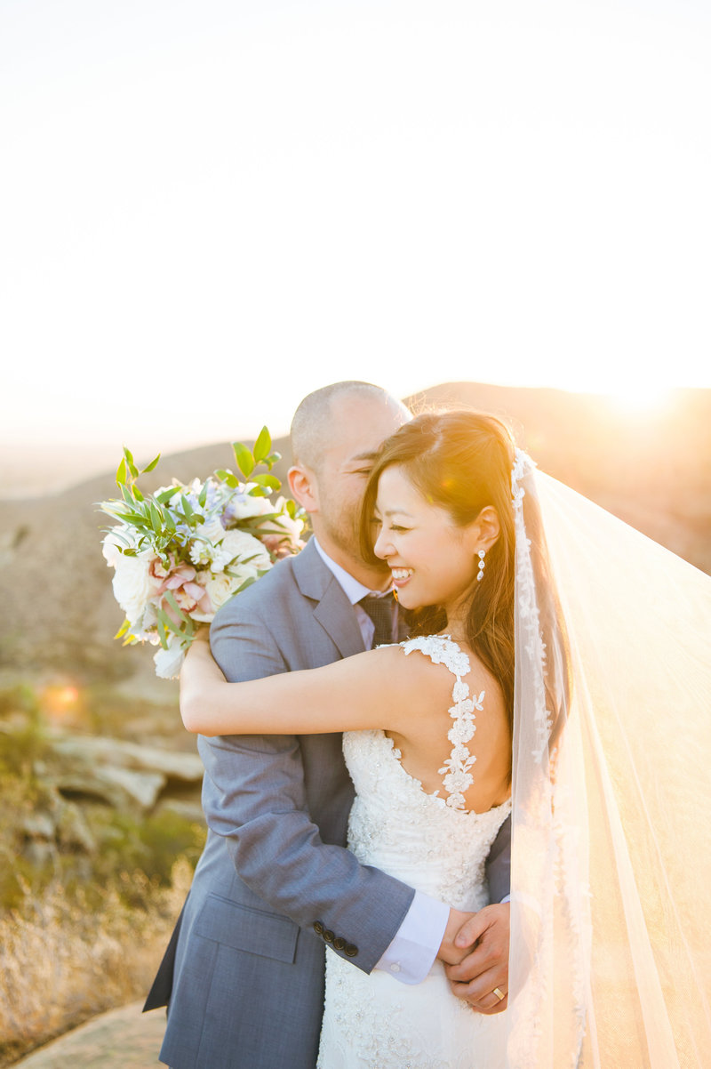 Hummingbird-Nest-Ranch-Malibu-Wedding-Photographer-057