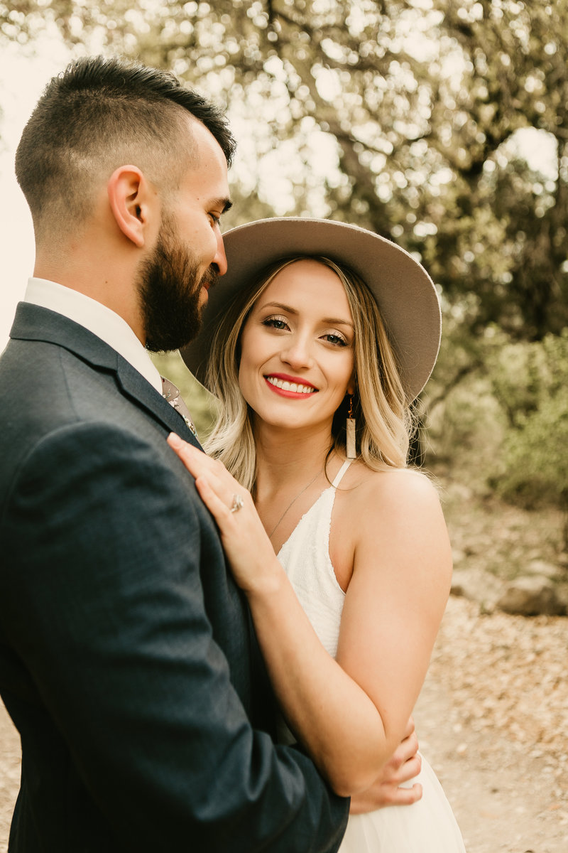 Lynsie.Rae.Photography_2018 Elopement in Dripping Springs