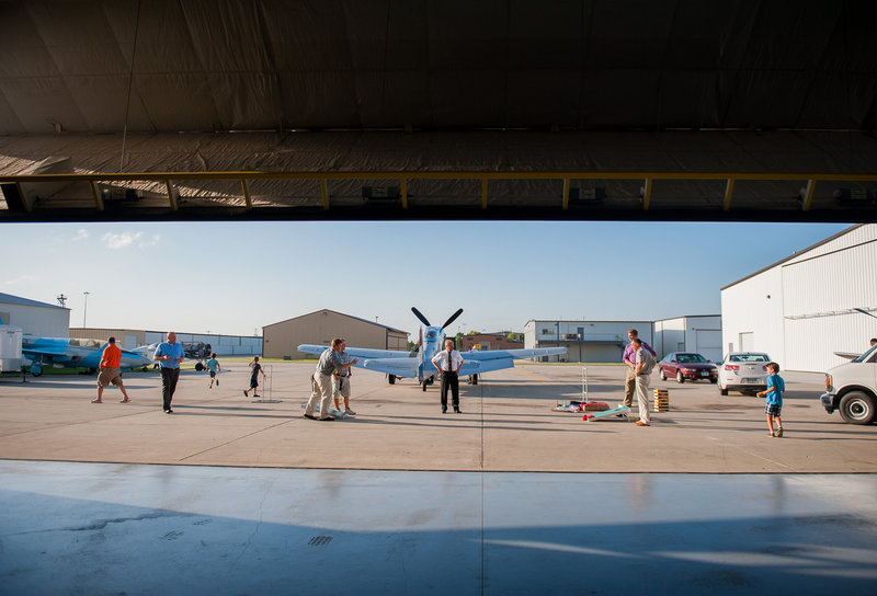 Fargo Air Museum Wedding Venue Kris Kandel Photographers (11)