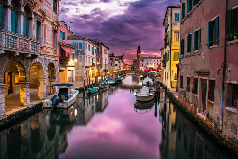 canals-of-venice-at-dusk (1)