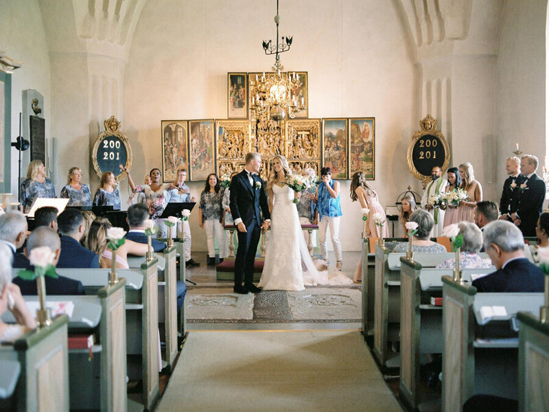 028-church-wedding