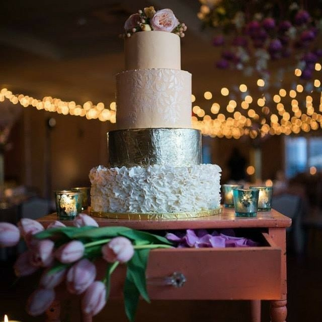 Wedding cake by Apron Strings Desserts for Woodcrest Country Club  photo by Lurey Photography