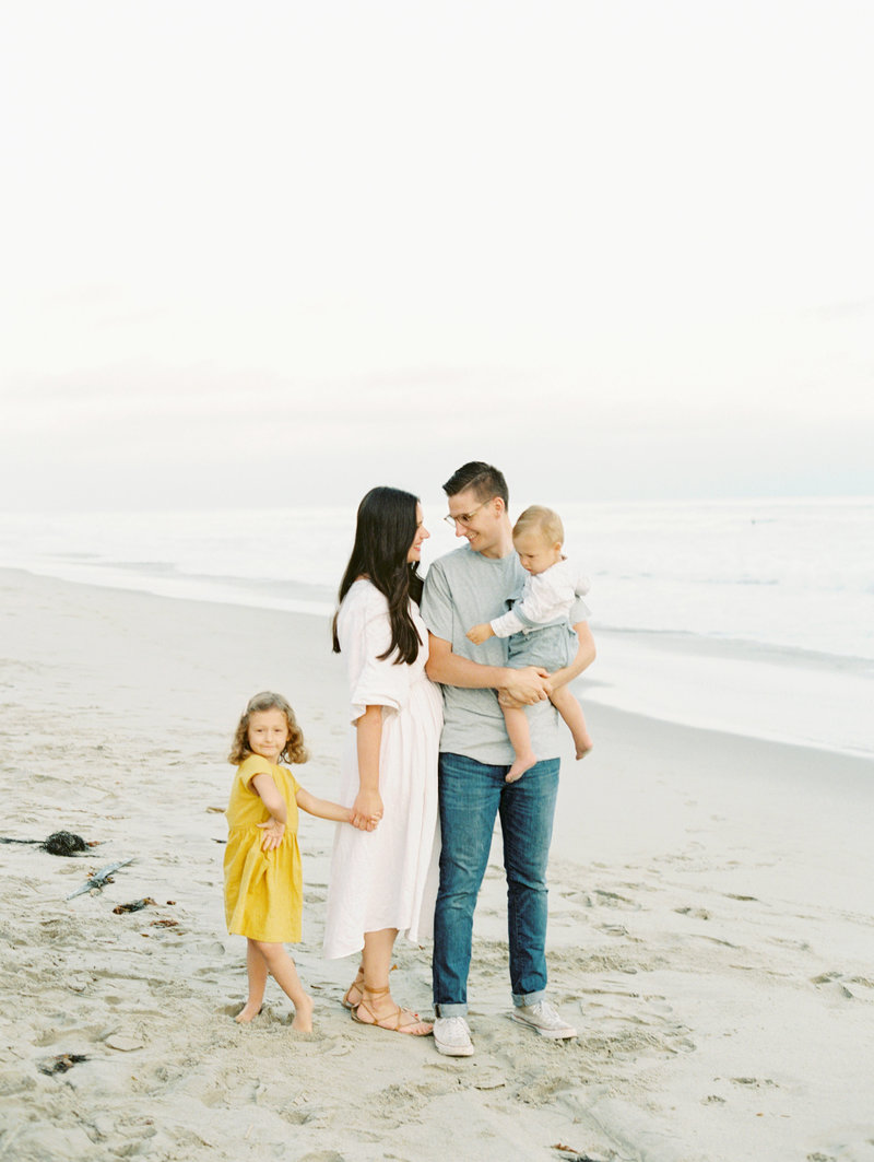 family_session_kelsey_cowley_crystalcove-12