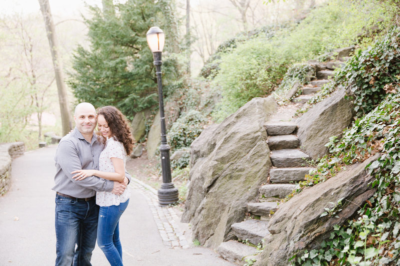 cloisters-fort-tryon-NYC-spring-Engagement-JDMP-0410