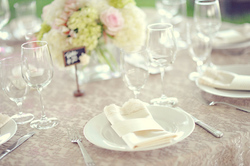Beautiful tablescape at a Calgary wedding