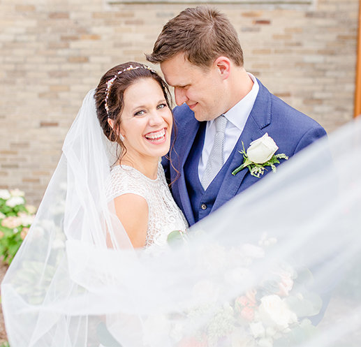 grand rapids wedding couple