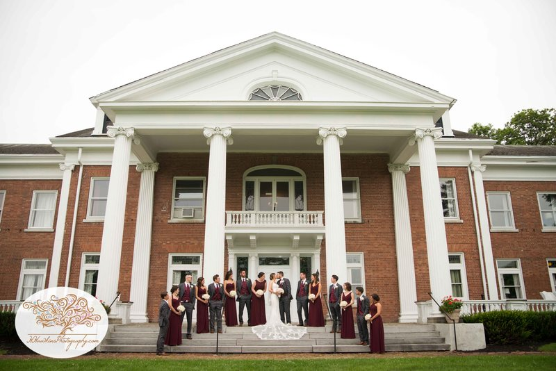 Belhurst Castle Pictures Geneva NY Syracuse Wedding Photographer-41