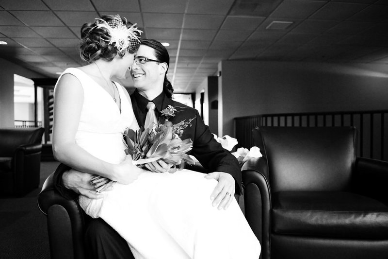 NDSU Alumni Center Fargo weddings by Kris Kandel Photographer (3)