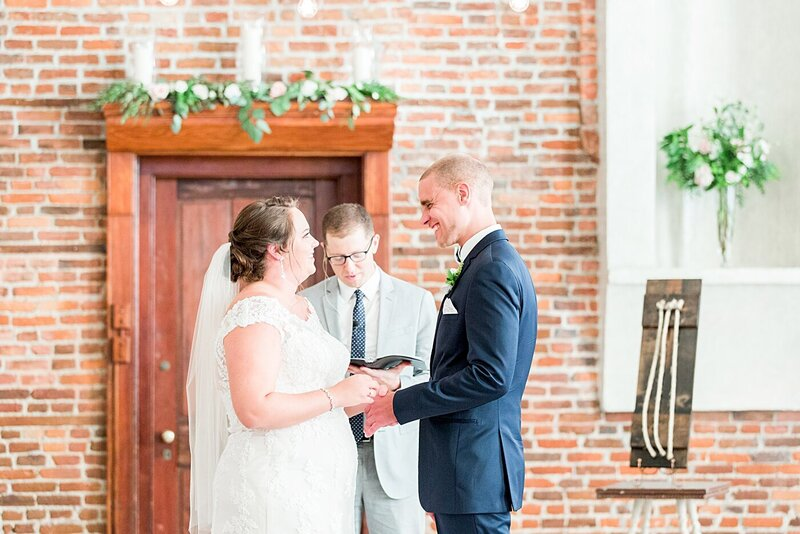 Wilmington-NC-Saint-Thomas-Preservation-Hall-Wedding23