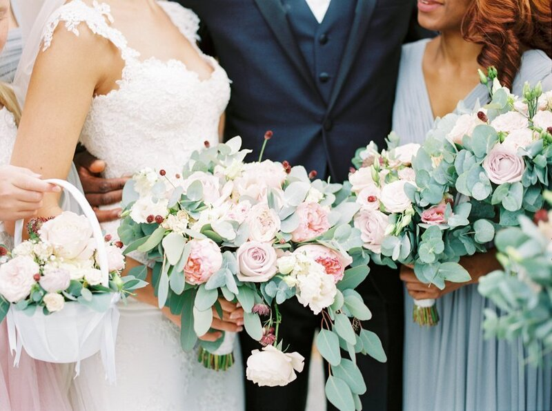0028_Bridal-bouquet-and-bridesmaids-bouquets-in-blush-and-sage-green