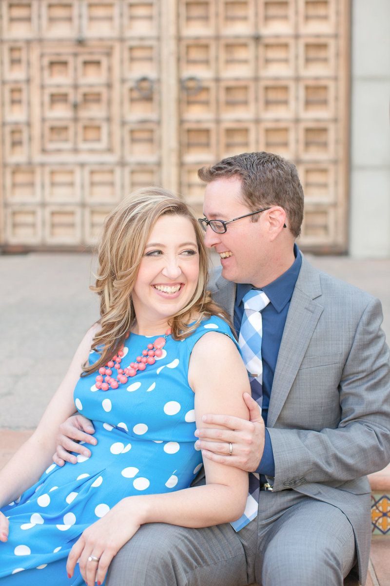 Meet husband and wife wedding photographers Ryan & Denise, based in Phoenix Arizona