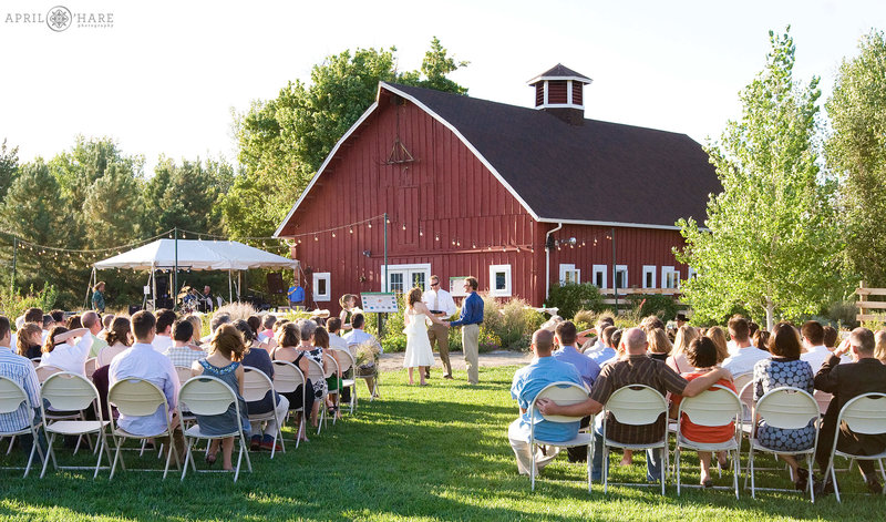 Colorado Wedding photographer at Chatfield Farms in Littleton CO
