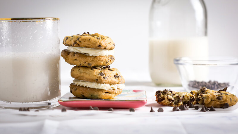 Erique Berry Chocolate Chip Cookies