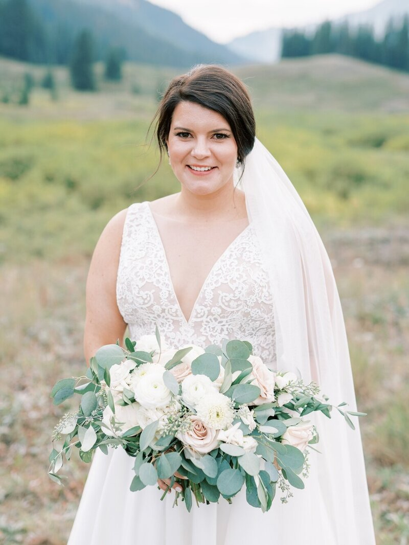 Joyful and Playful Wedding in Crested Butte_0024
