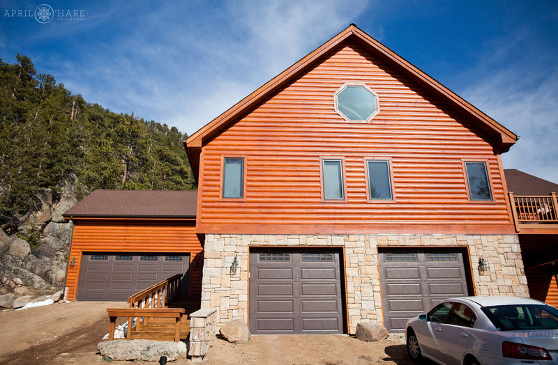 Private-Home-Wedding-Venue-in-Estes-Park-Colorado-Narrow-Trail-Ranch
