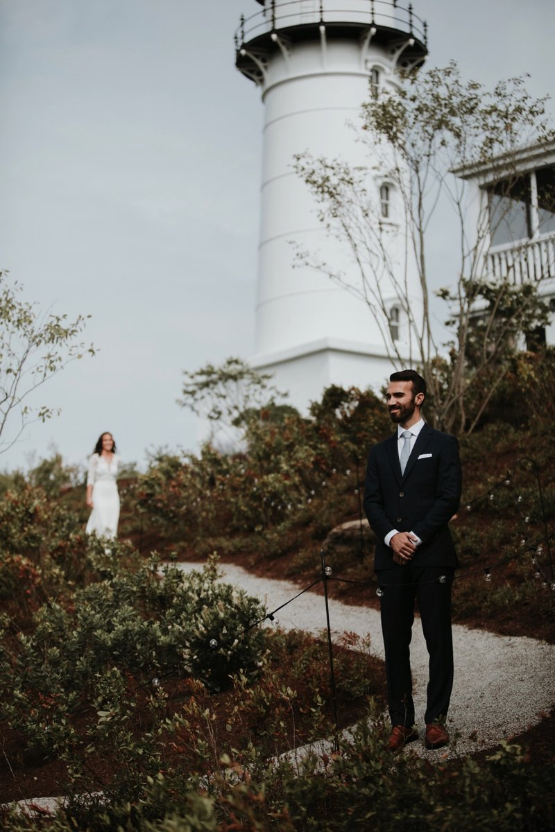 cape-elizabeth-portland-maine-backyard-lighthouse-wedding-47