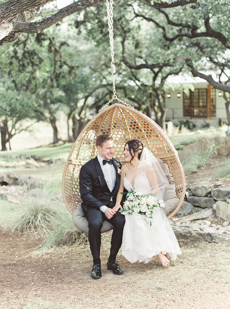 Brianna Chacon + Michael Small Wedding_The Ivory Oak_Madeline Trent Photography_0051