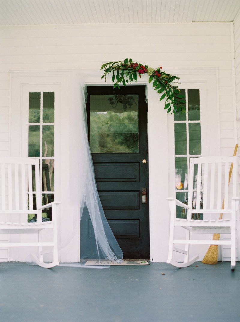 south virginia wedding photographer _ destination wedding photographer _ mountain wedding _ intimate wedding _ blue wedding dress _ blue wedding down _ something blue (2)