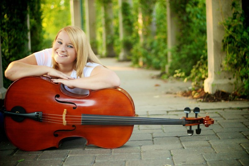 Girl Senior Picture Pose with Cello at Minnehaha Falls in Minneapolis, Minnesota