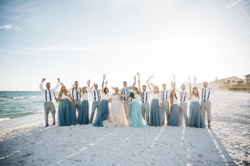 small or big weddings beach weddings are the best ! lets chat about your beach wedding .