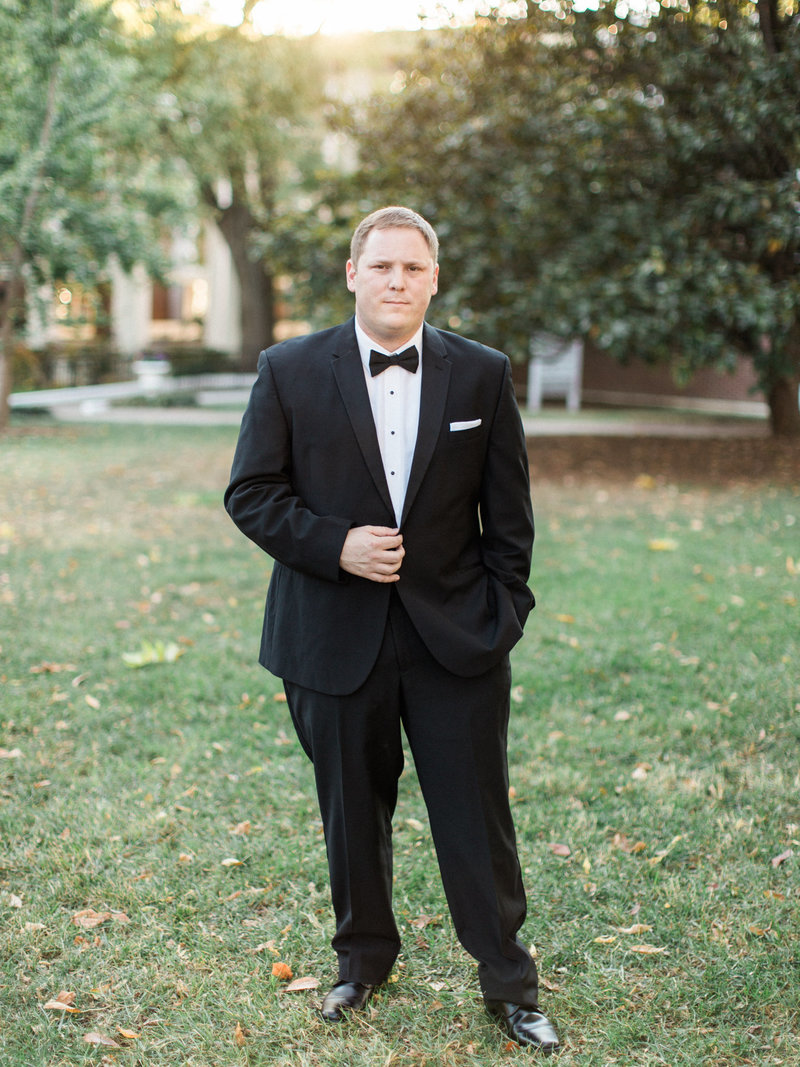 Jordan-and-Alaina-Photography-Nashville-Wedding-Photographer-Parthenon-Belmont-Chapel-Tennessee-State-Capitol-groom