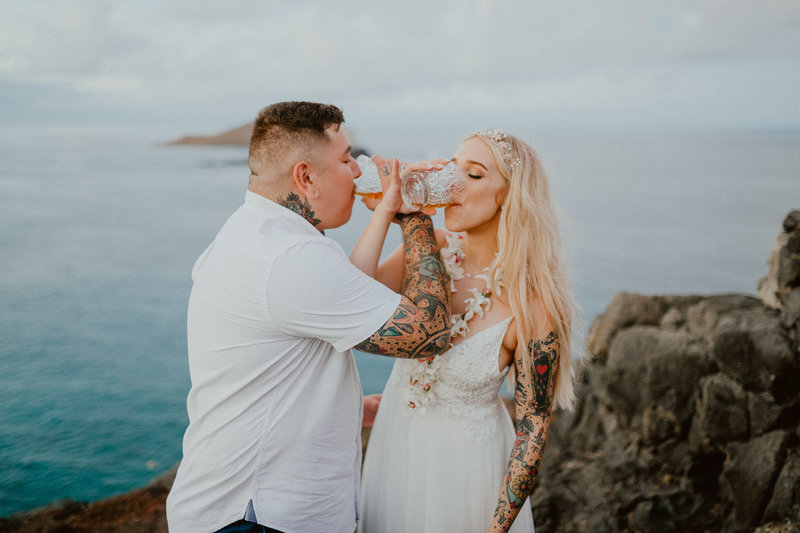 makapuu-elopement-tattood-couple-oahu-hawaii-chelsea-abril-photography-taylor-eric-350