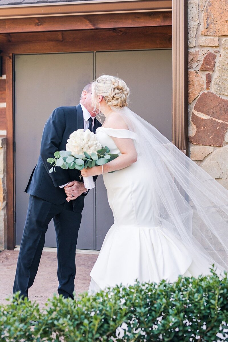 Springs-Event-Venue-Fort-Worth-Wedding-Moni-Lynn-Images_0008