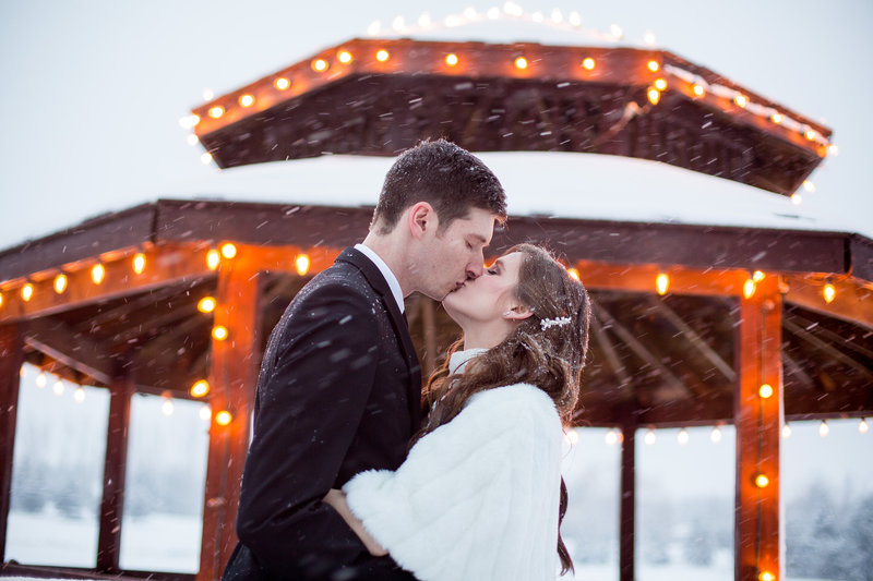 Winter Wedding photography Toronto wedding photographer Luminous Weddings