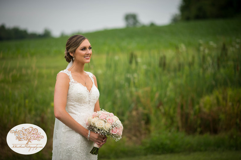 Belhurst Castle Pictures Geneva NY Syracuse Wedding Photographer-25