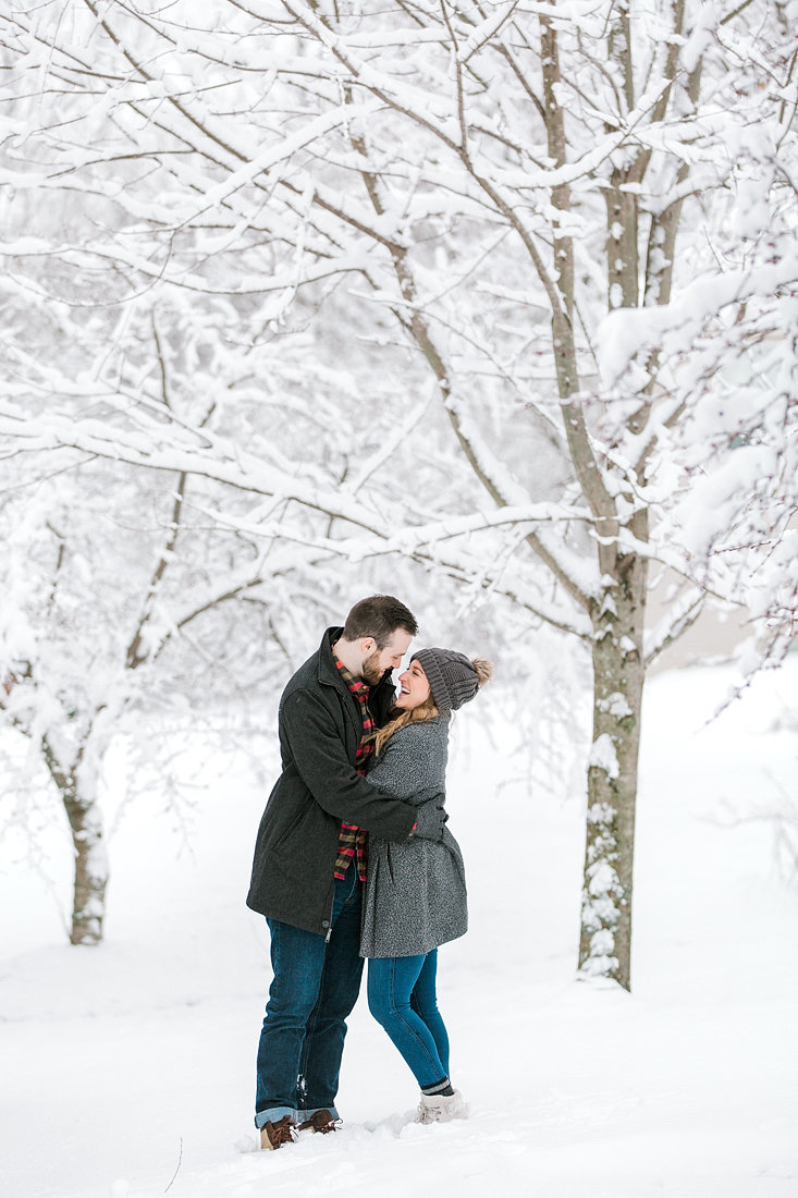 Engagement-Session-Snow-Winter-Louisville-Kentucky-Photo-by-Uniquely-His-Photography053