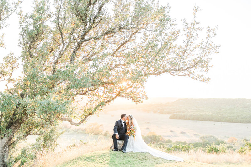 Contigo ranch wedding by fredericksburg texas wedding photographer Allison Jeffers 2