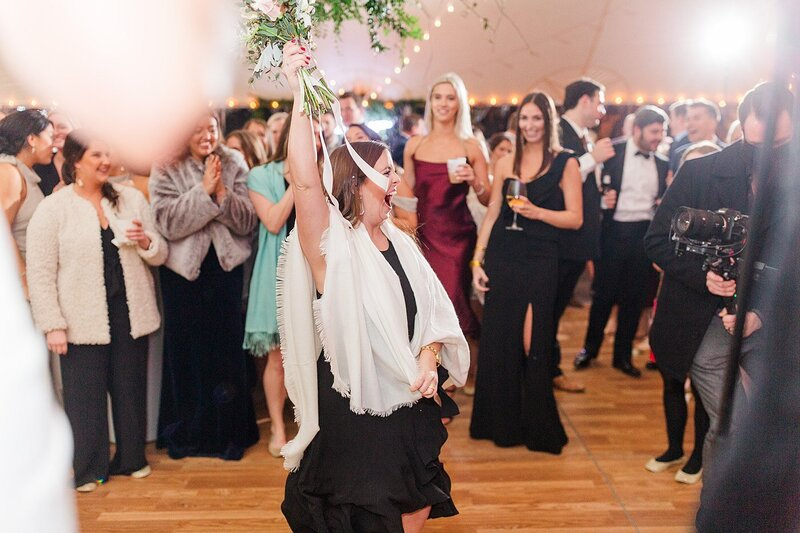 catching the bouquet by Knoxville Wedding Photographer, Amanda May Photos