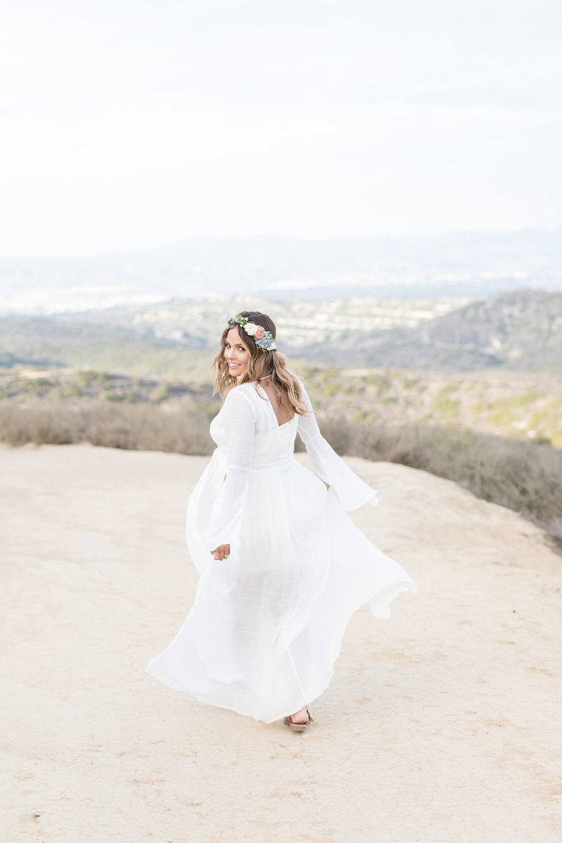 ashley-lagunabeach,orangecountyhikingtrail-maternity-0011