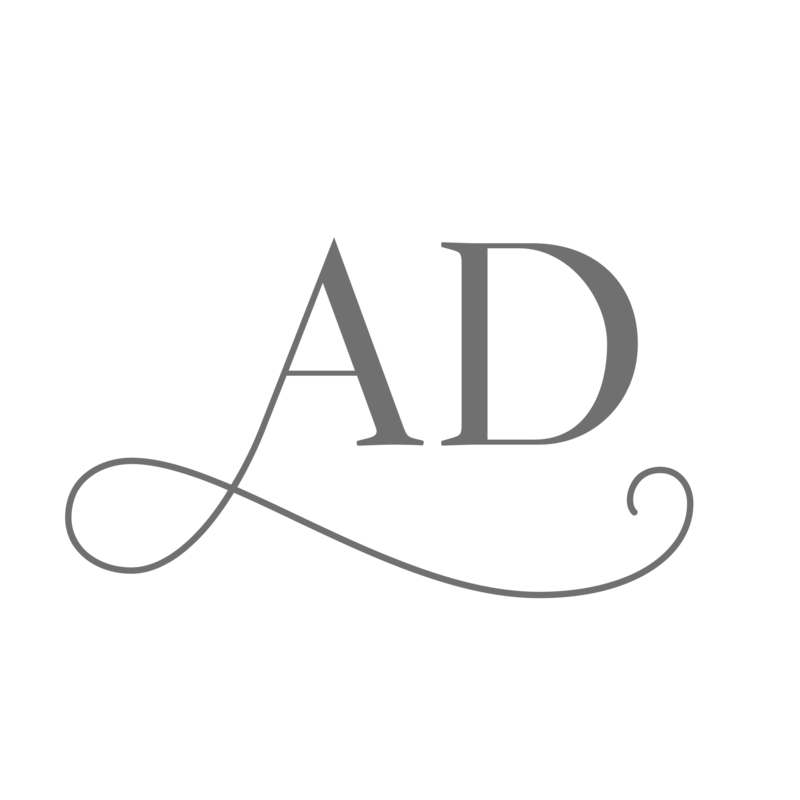 Abigail-Dyer-Design-Studio-Branding-Showit-Website-Design-For-Creative-Females-Women-Photographers-Planners-Artists-Coaches-11