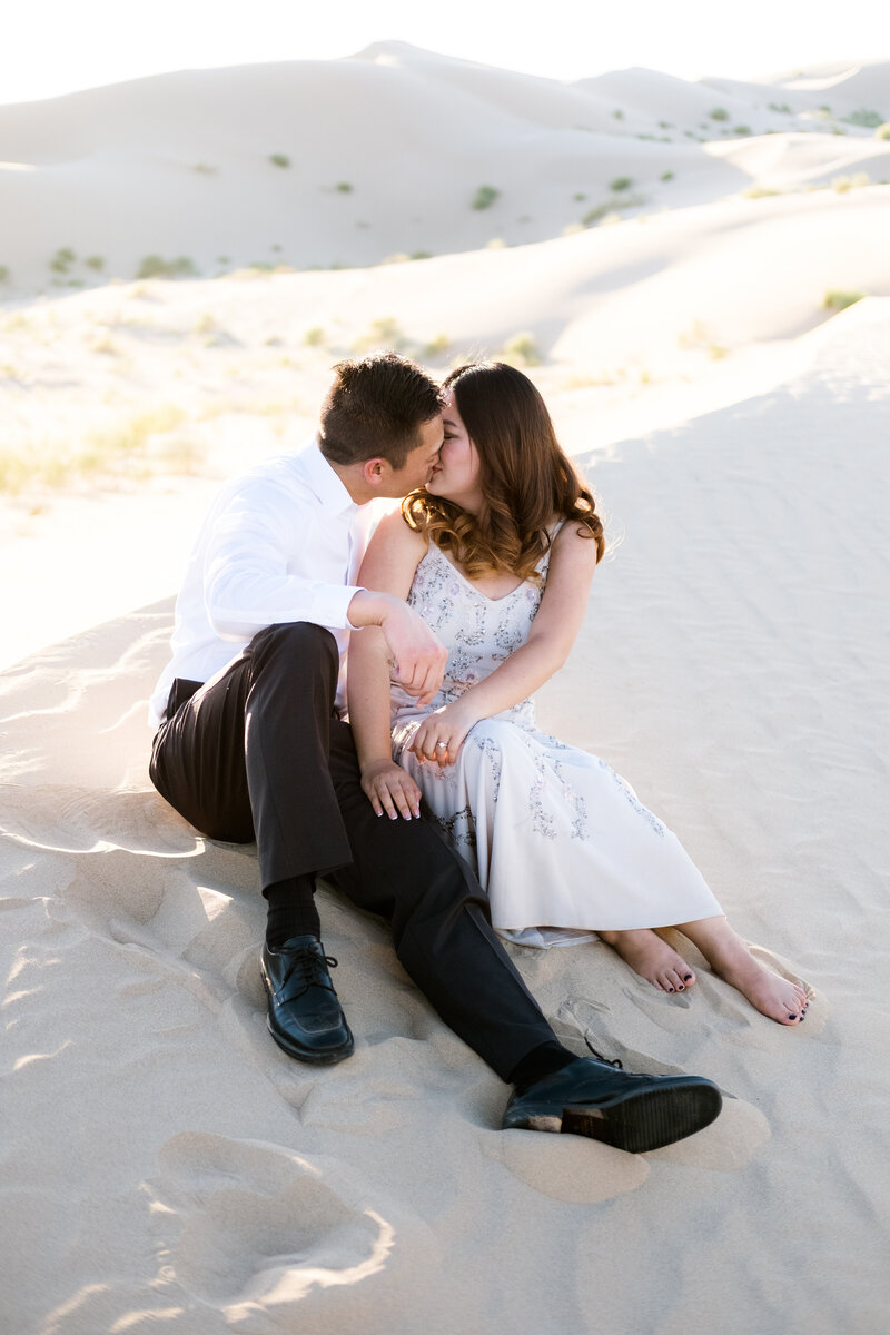 imperial-sand-dunes-engagement-photography-8