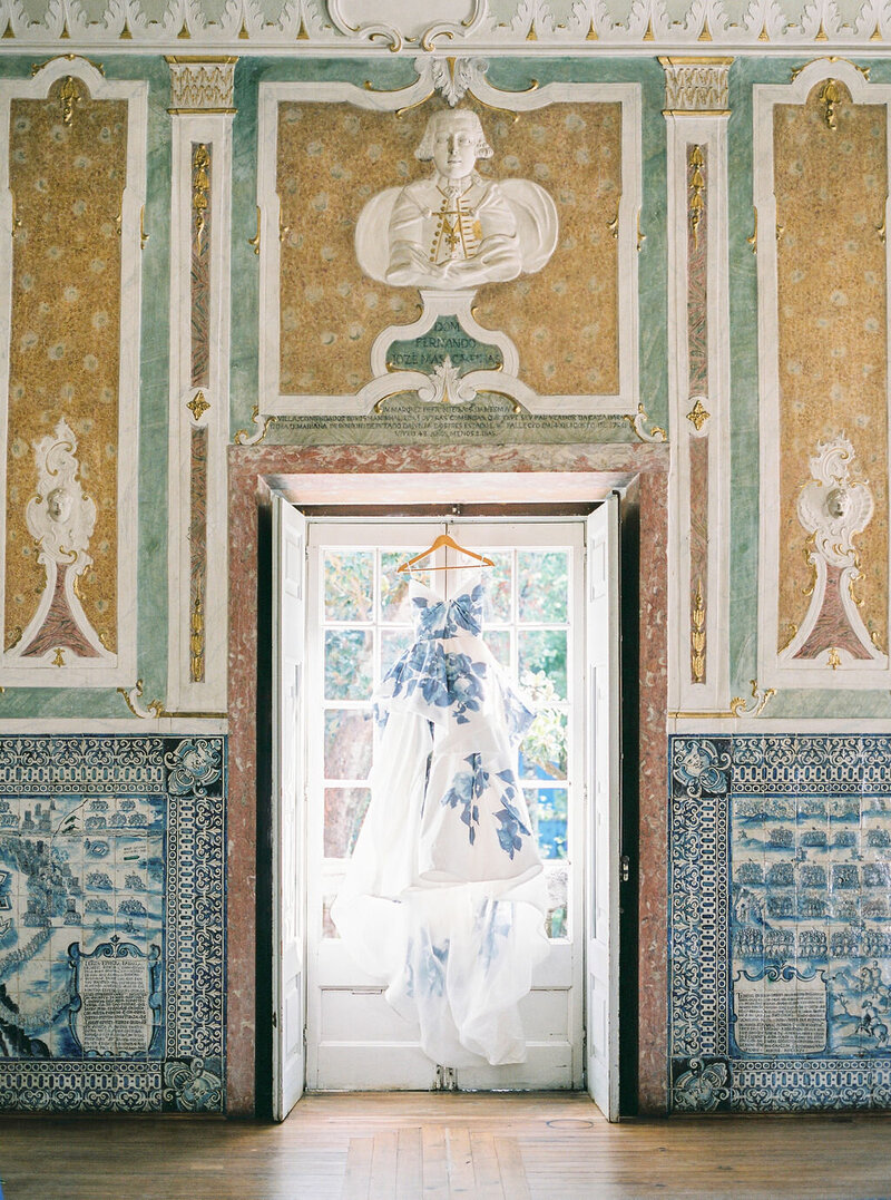 Luxury Wedding Dress by Monique Lhuillier in the Portuguese Palace