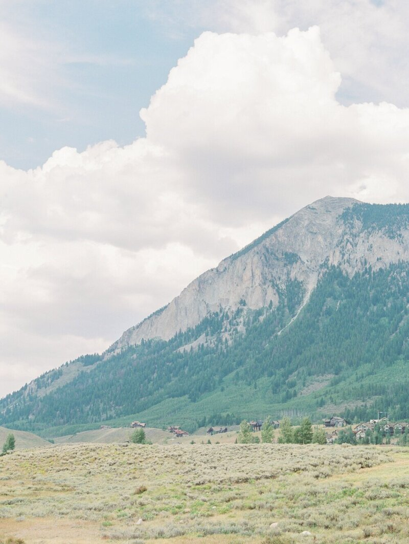 Joyful and Playful Wedding in Crested Butte_0002