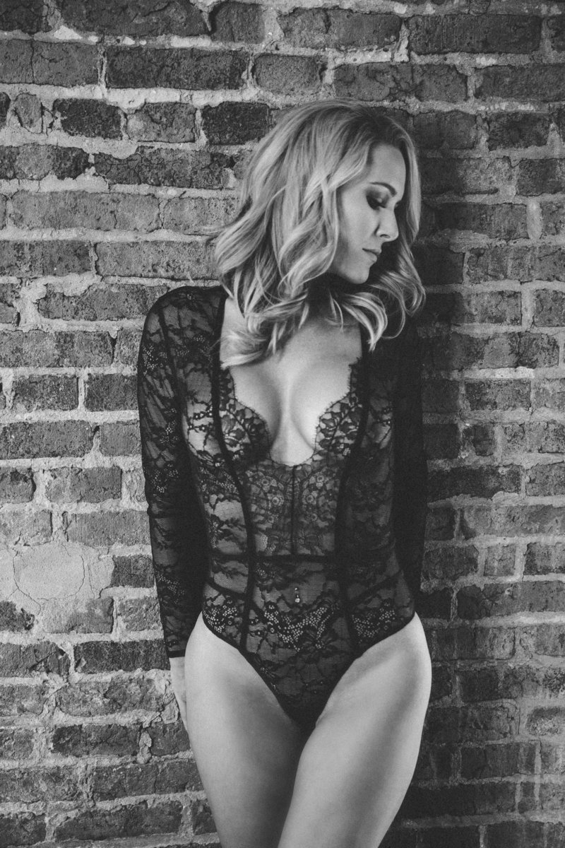Black and white boudoir photos sacramento, ca