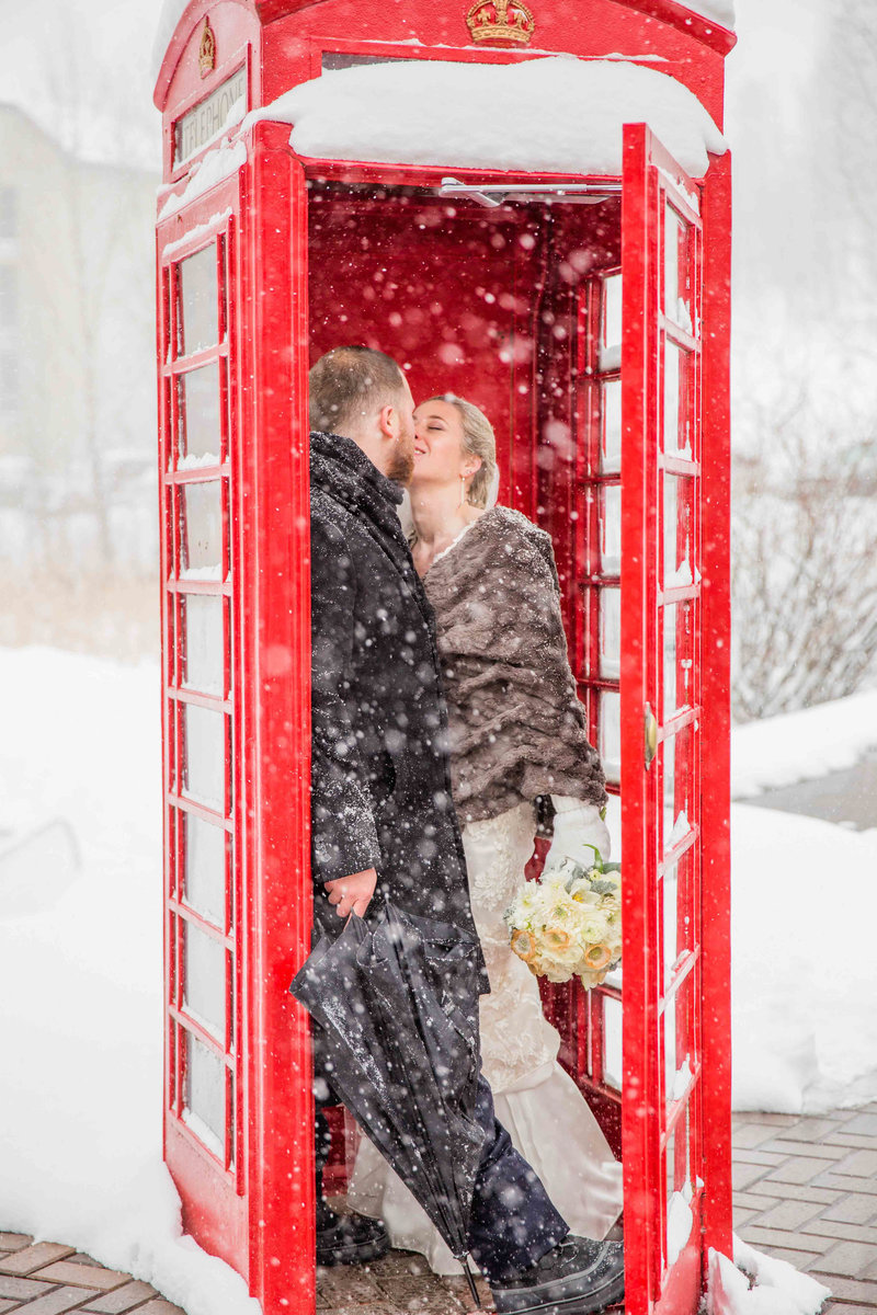 winter wedding at the peaks resort and spa