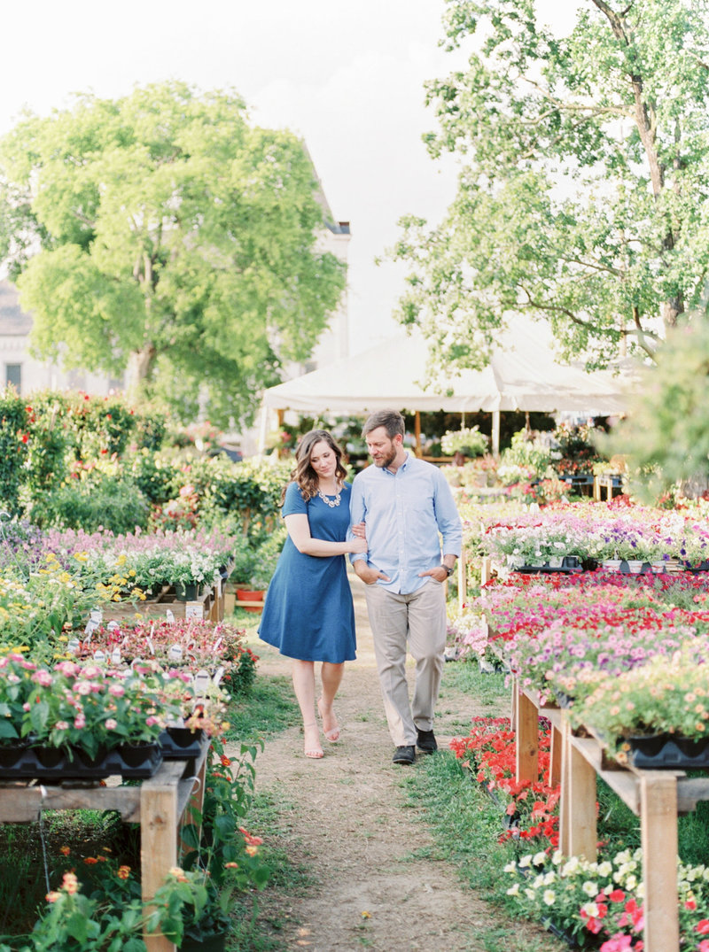 Jordan-and-Alaina-Photography-Nashville-Wedding-photographer-12-twelve-south-engagement-flower-market-2