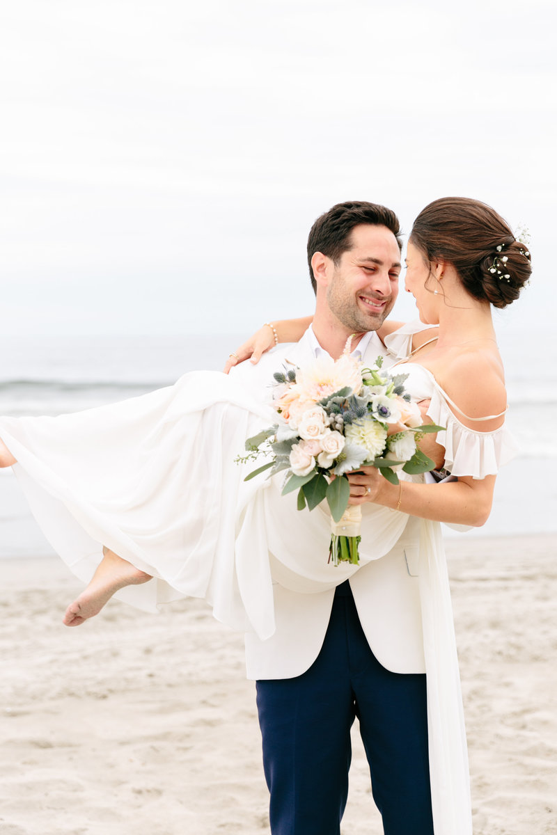 2019-aug23-dunes-club-newport-wedding-photography-rhodeisland-kimlynphotography0511