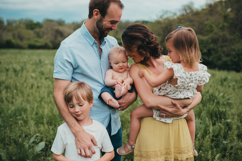 Angie Wynne family in St Louis Family Photography Session