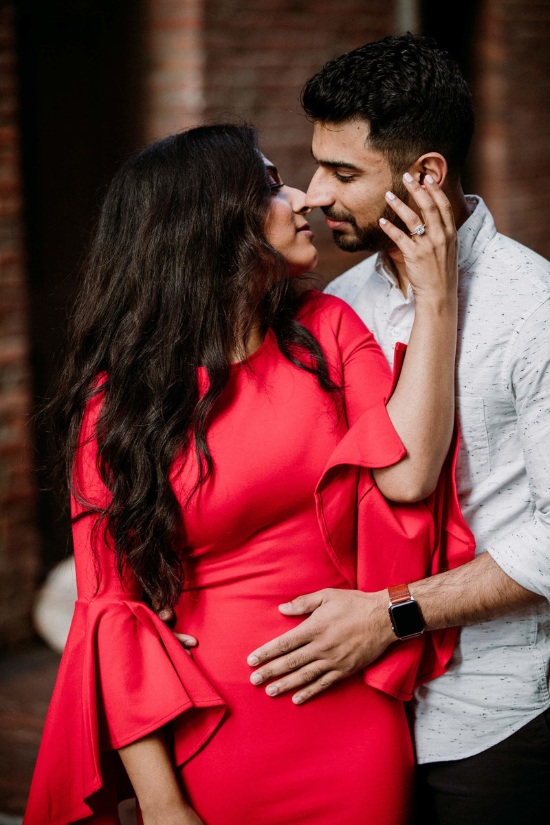 Ruby+Ash_Pioneer_Square_Engagement_Seattle_engagement_photographer_APW_89