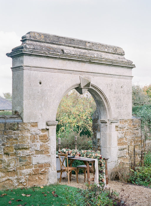 Molly-Carr-Photography-Paris-Film-Photographer-France-Wedding-Photographer-Europe-Destination-Wedding-Cotswolds-England-15