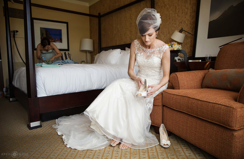 Brides-Room-at-St.-Julien-Hotel-in-Boulder-Colorado-Wedding-venue